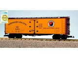 USA TRAINS 40 ft. Refrigerator Car Northern Pacific