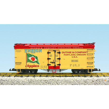 USA TRAINS Reefer Red Ensign Apples