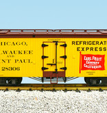 USA TRAINS Reefer CM&StP Earl Fruit Co. #28306