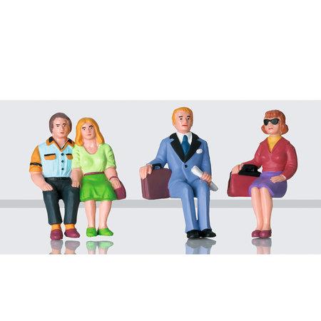 LGB Figuren-Set Reisende sitzend