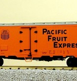 USA TRAINS 40 ft. Refrigerator Car Pacific Fruit Express - SP & UP Lagerfund