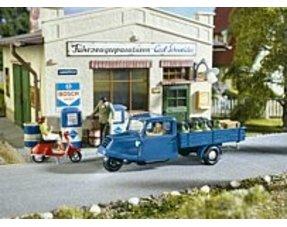 Figuren & Fahrzeuge
