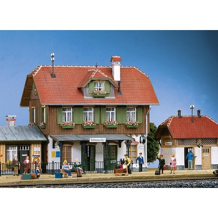 POLA Bahnhof Schönweiler