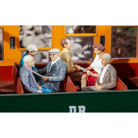 POLA 6 sitzende Waggon-Reisende III