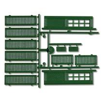 Fensterläden und Türen, grün