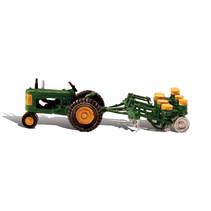 Spur H0 Traktor mit Pflanzanhänger