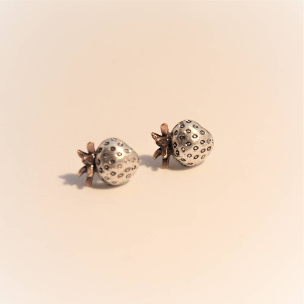 Hultquist Strawberry Hultquist earrings