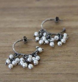 Carré Jewellery Orecchini in argento con perle bianche
