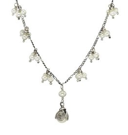 Yvone Christa Silver necklace with white pearls