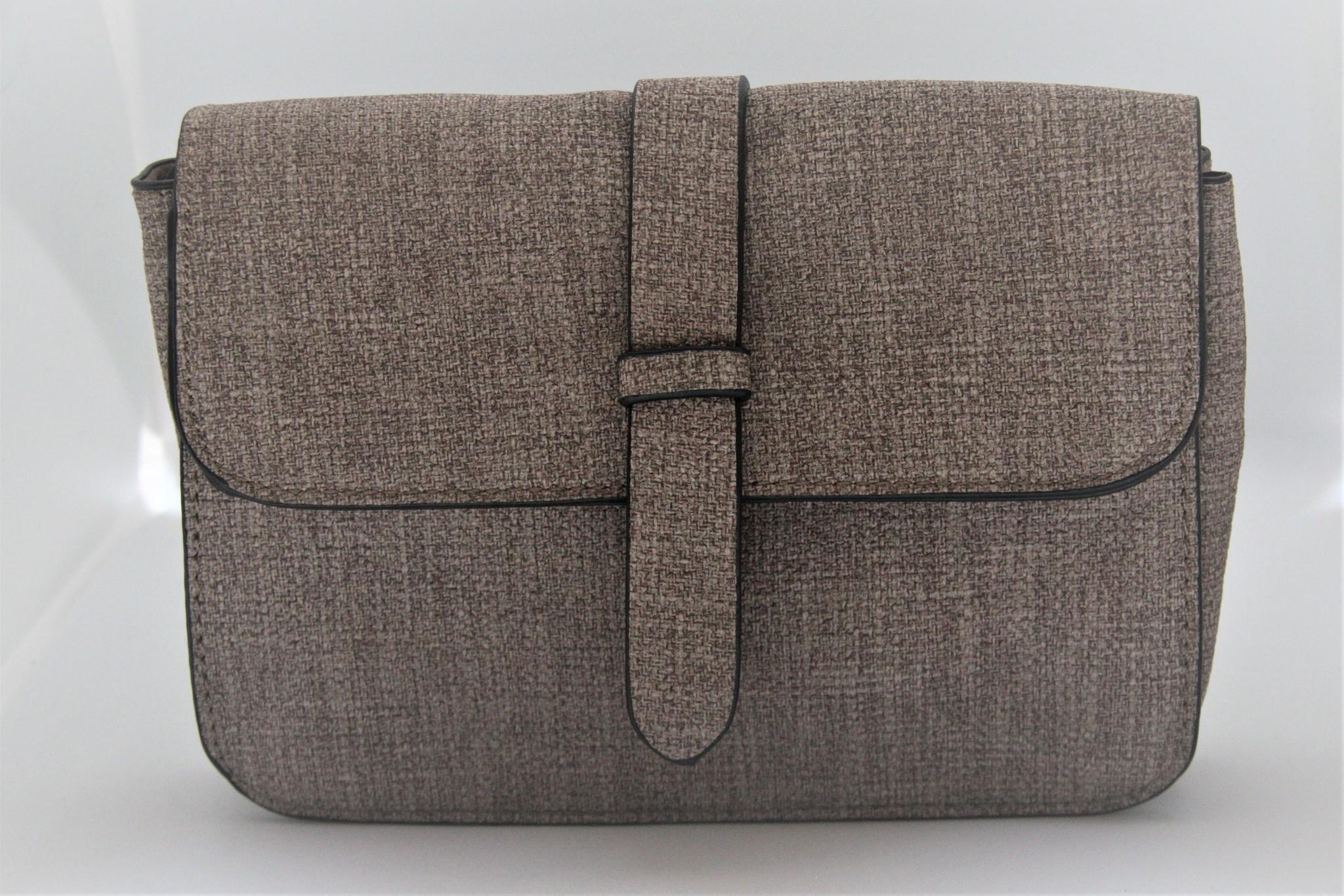 Small lightbrown bag