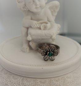 Yvone Christa Silver flower ring