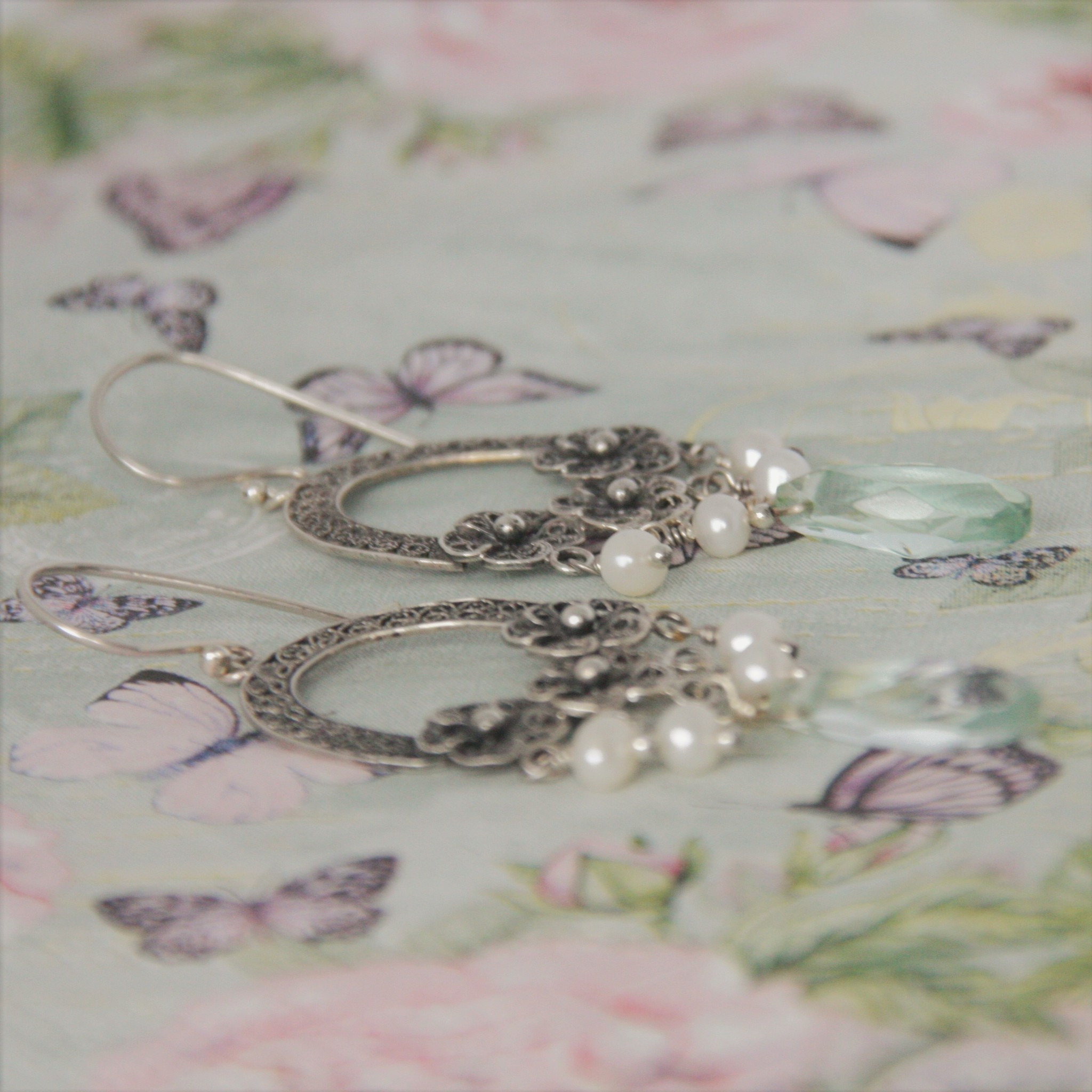 Yvone Christa Silver  earrings with white pearls