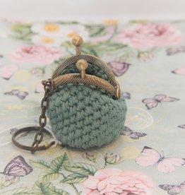La Petite Rooze Crochet keyhanger