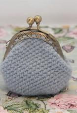 La Petite Rooze Crochet purse