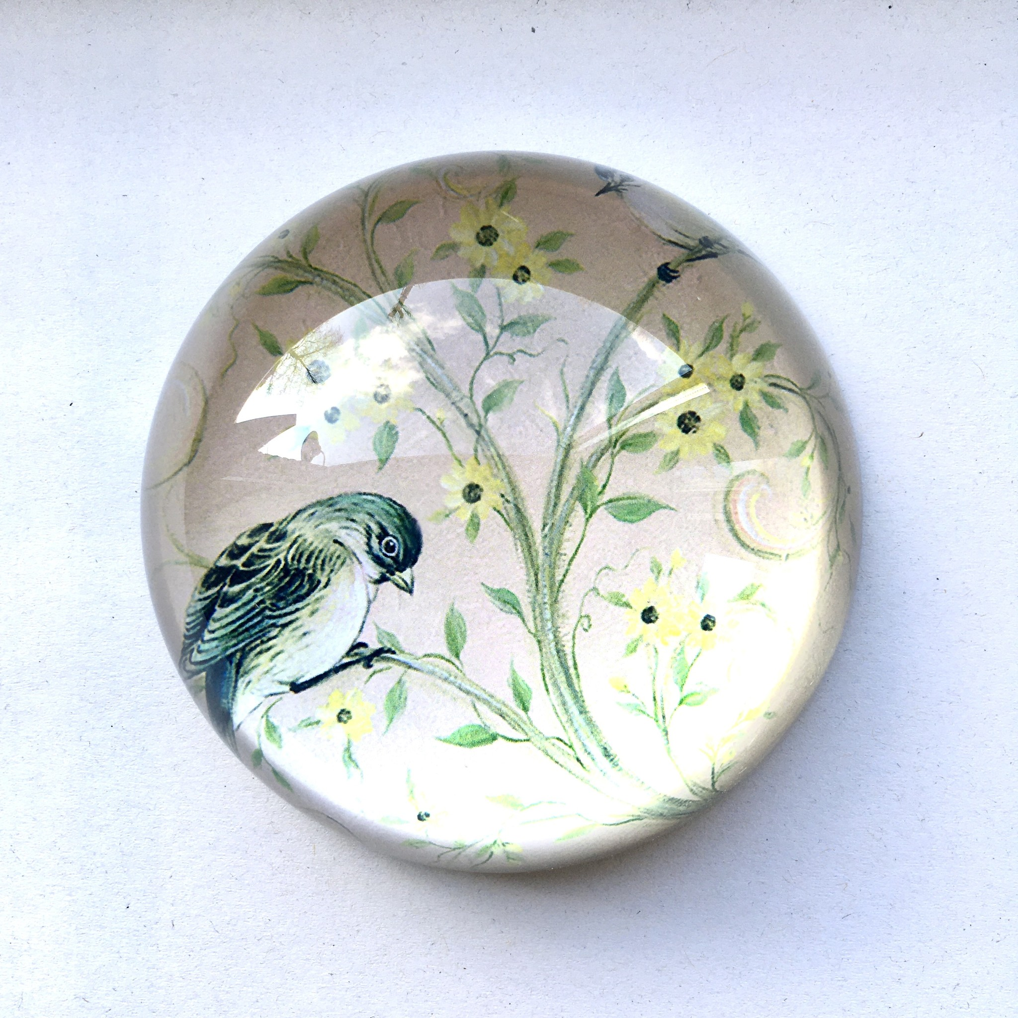 Meander Paperweight with bird
