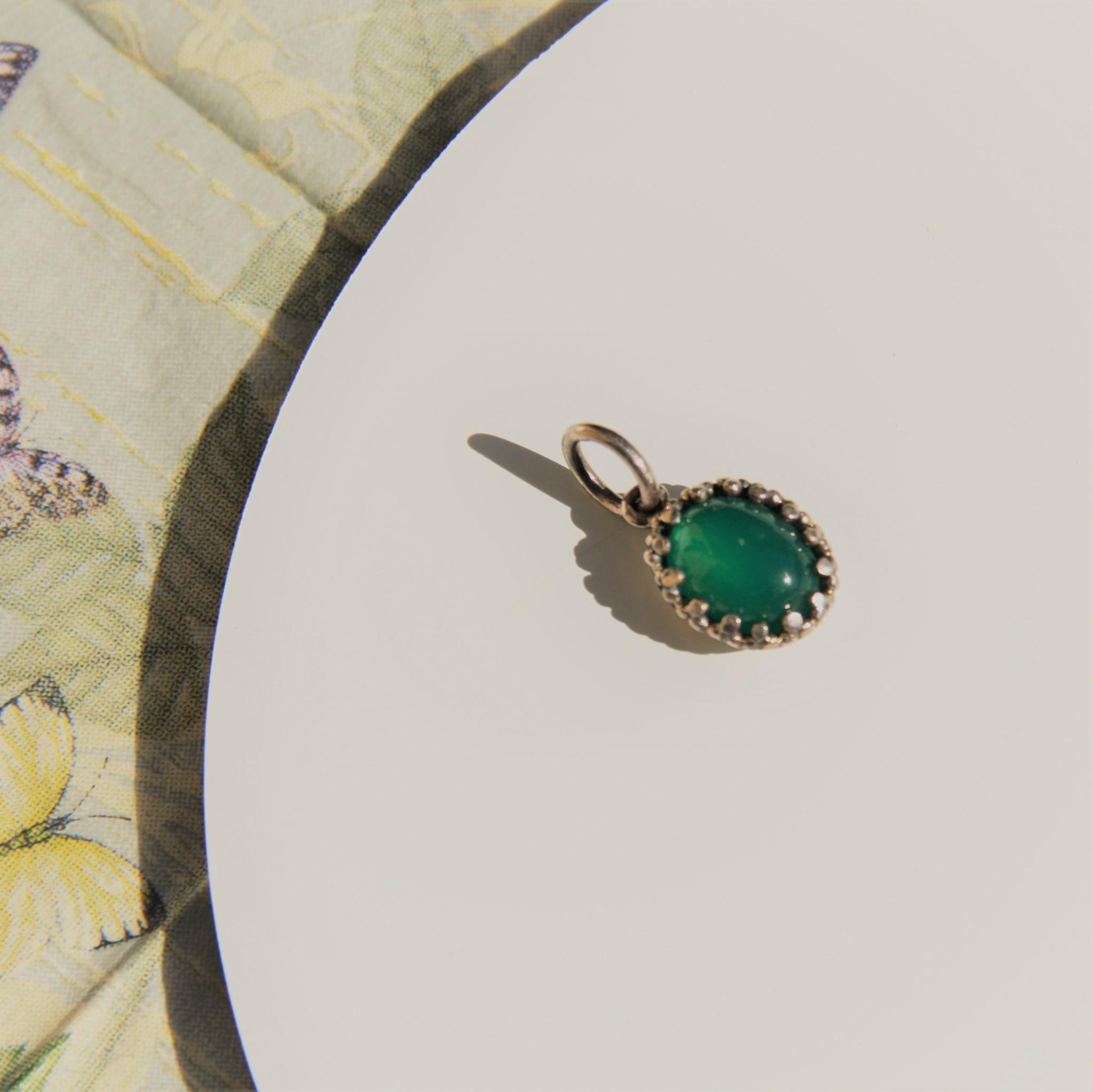 Carré Jewellery Green Agate pendant