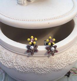 Eric & Lydie Post flower earrings