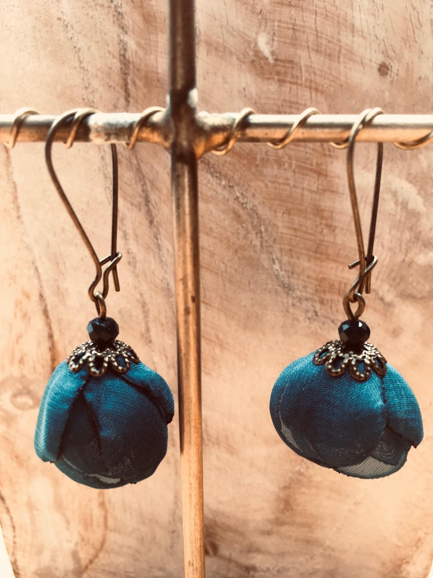 Ana Popova Red Frida earrings