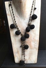Ana Popova Black  necklace Gabrielle