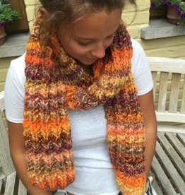 Made by Amberhoeve Handmade scarf