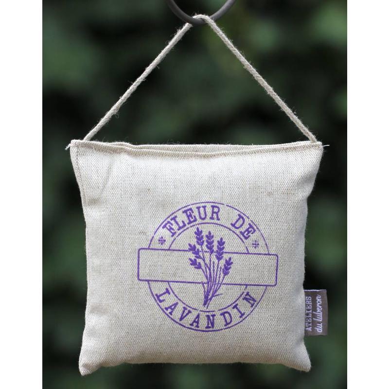 Pakket lavendel verzorgingsproducten