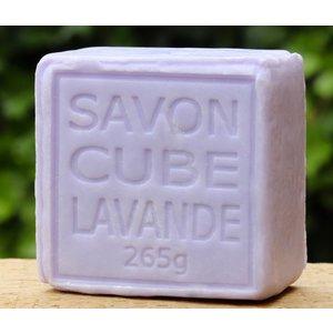 Blok en plak zeep