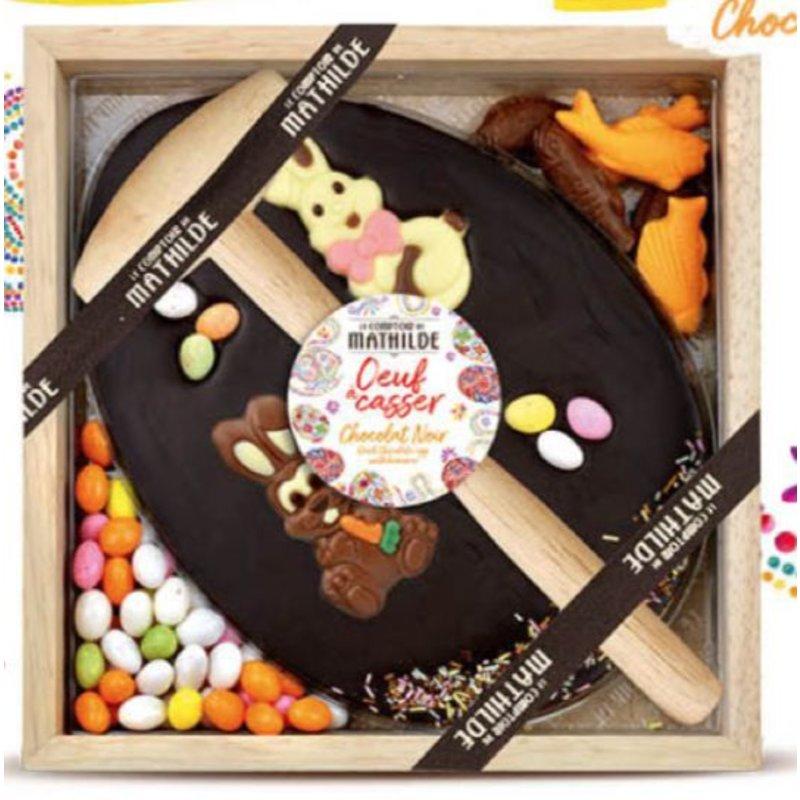 Kistje pure chocolade met hamer Pasen