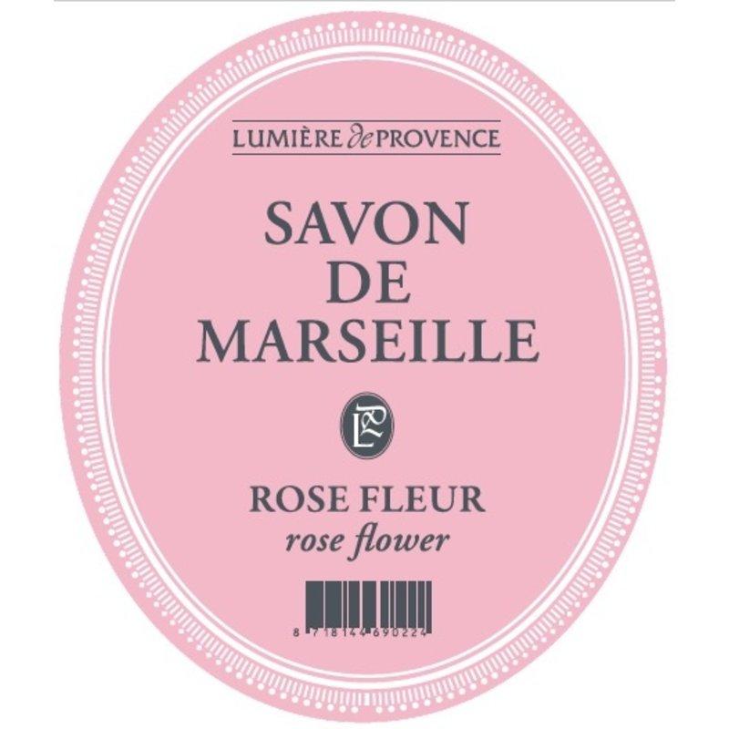 Marseillezeep in de geur rozen