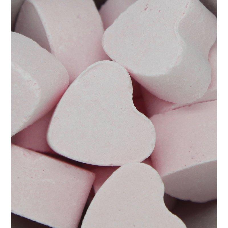 Bruisballen hartje voor in bad rozen