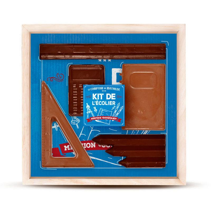Kistje chocolade met bureauartikelen