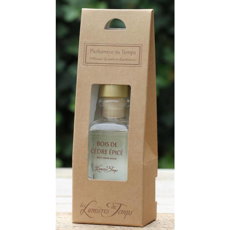 Huisparfum/geurstokjes ceder en kruiden