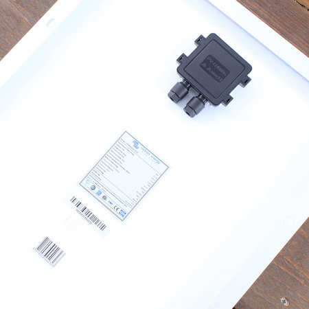 Victron BlueSolar 30Wp mono (560x350x25mm)
