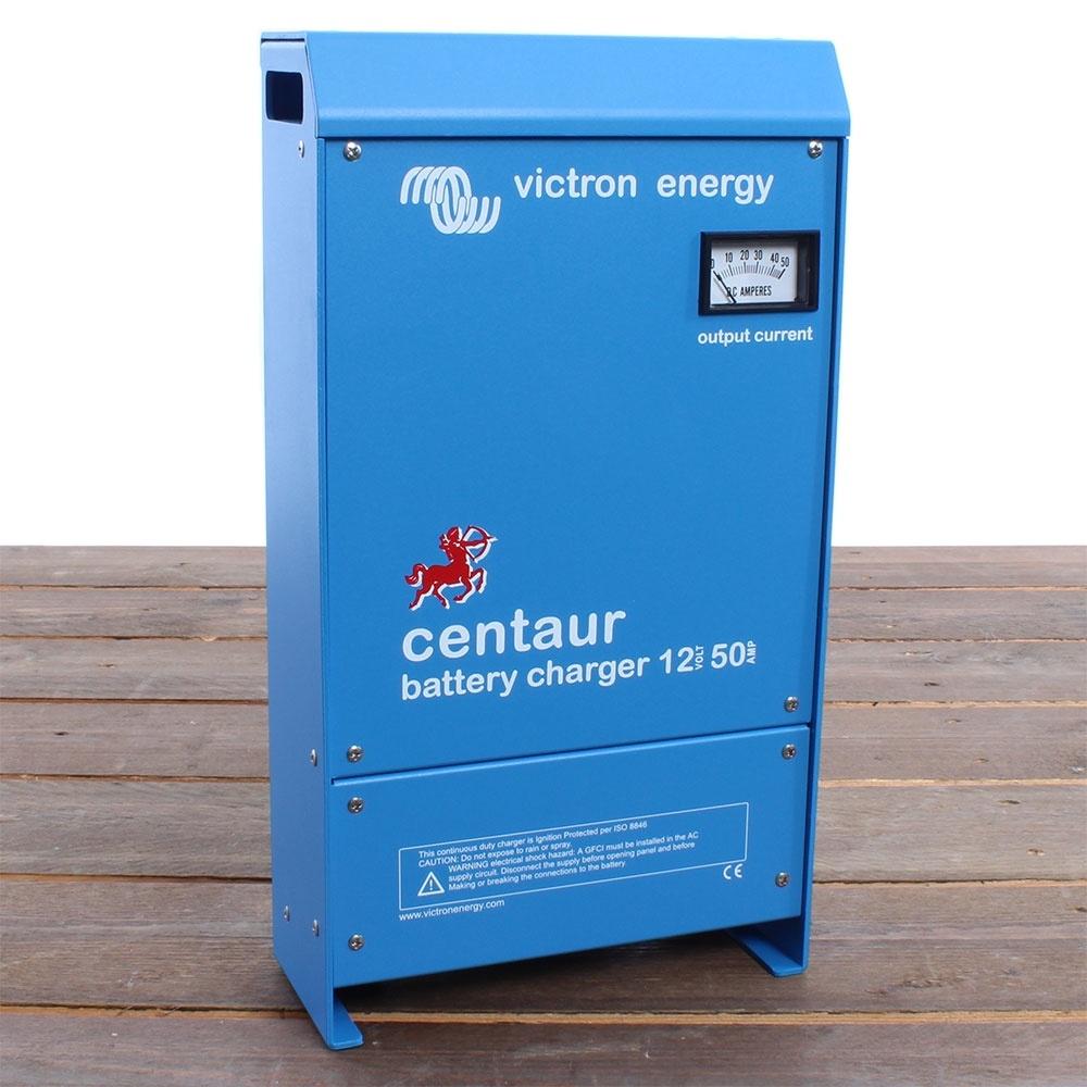 Victron Energy Centaur 12-50 Loodaccu-lader