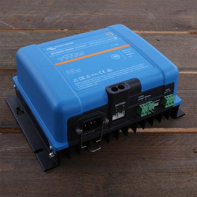 Victron Phoenix Smart lader 24/25 (3) IP43