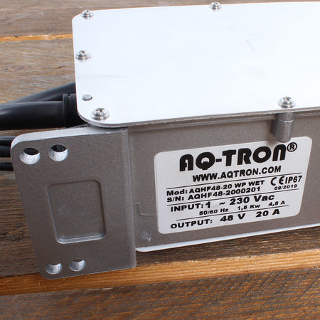 AQ-TRON Hoogfrequent Acculader 48V 20A - WET