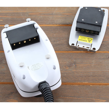 EO Basic Laadstation type 2 - 3 fase 16A - Wit - Vaste kabel