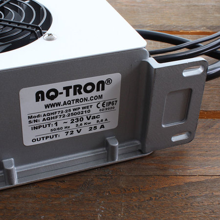AQ-TRON Hoogfrequent Acculader 72V 25A - WET