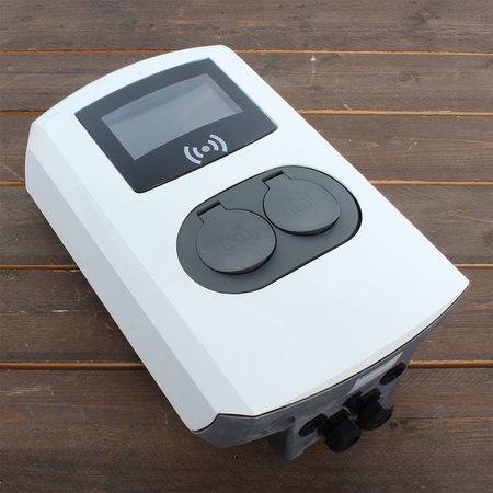 Alfen  Eve Double Pro-line - 3 x 32A (22kW) - 2 Sockets - RFID - E-Flux - 2 voedingskabels