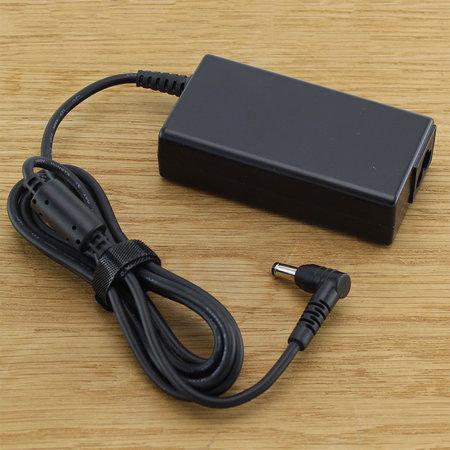 CoreParts Laptop / notebook oplader AC Adapter 65W 19V Compatibel
