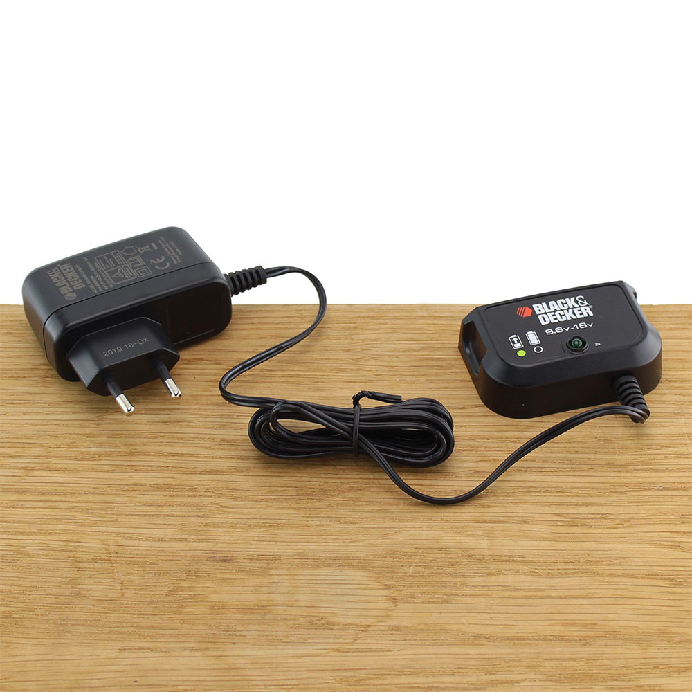 Black & Decker Gereedschap Acculader 9.6V 18V