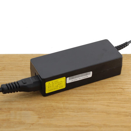 Blu-Basic Laptop oplader AC Adapter 90W voor Asus, Compaq / HP