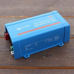 Victron Phoenix 12/375 Omvormer - IEC contactdoos