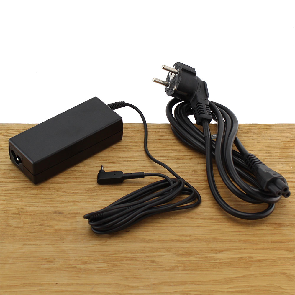 Acer AC Adapter Zwart 19V 65W