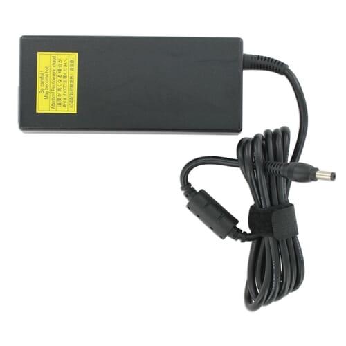 Toshiba AC-Adapter 3-pin 120W (V000042140)