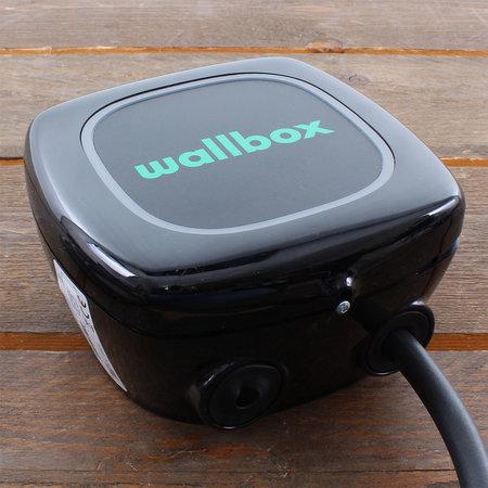 Wallbox Pulsar 7,4 kW - EV Laadstation Zwart type 1, 32A met vaste rechte laadkabel