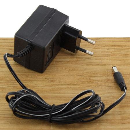 FERM Charger Adapter 4.8V 0.3A met 5mm 6V plug