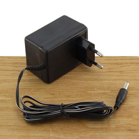 FERM Adapter 9V / 0.5A voor halogeen schijnwerper