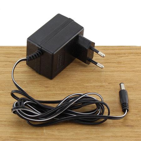 FERM Lader 6V 0.3A met 5mm plug voor elektrische schroevendraaiers