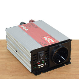 Carpoint Omvormer 12V > 230V 300W - Standaard Schuko Stopcontact