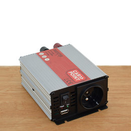 Carpoint Omvormer 12V > 230V 300W met Frans/ Belgisch stopcontact